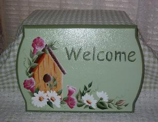 Birdhouse & Morning Glories on Lt Green (b/g) Welcome Sign