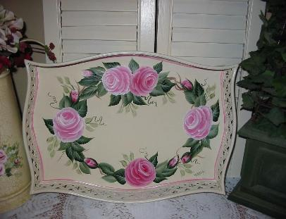 Romantic Rose Wreath Tray