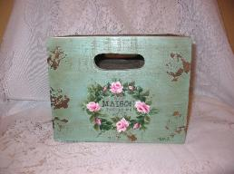 Shabby Box with HP Roses - Small/Front