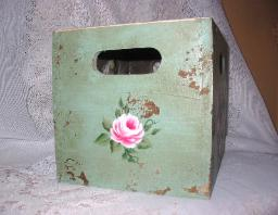 Shabby Box with HP Roses - Small/side1