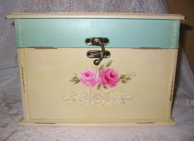 Shabby Chest with HP Pink Roses