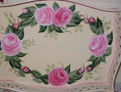 Romantic Rose Wreath Tray -Close Up