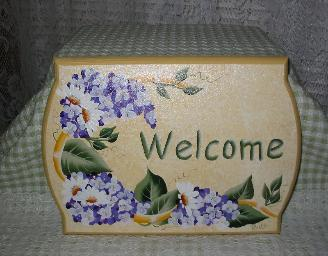 Wisteria and Daisies on Soft Yellow (b/g) Welcome Sign